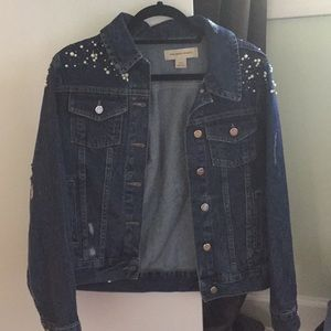 Jean Jacket with Pearls